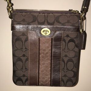 Chocolate/cream Coach purse